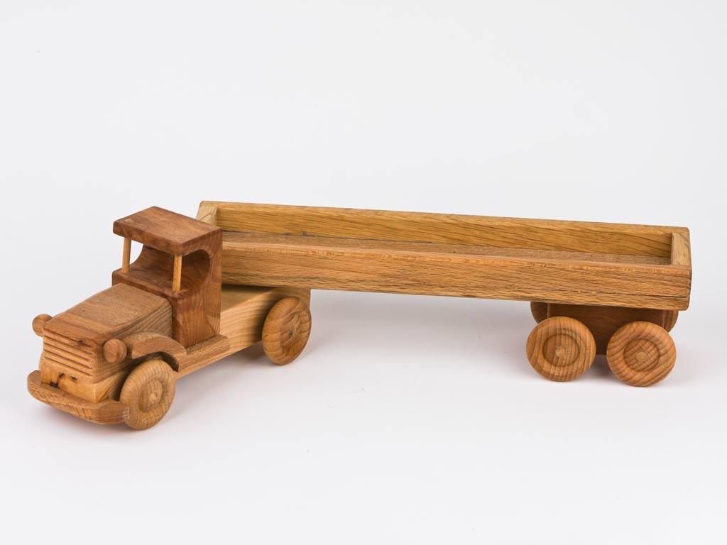 Nyerges vontató (nyitott platós)
