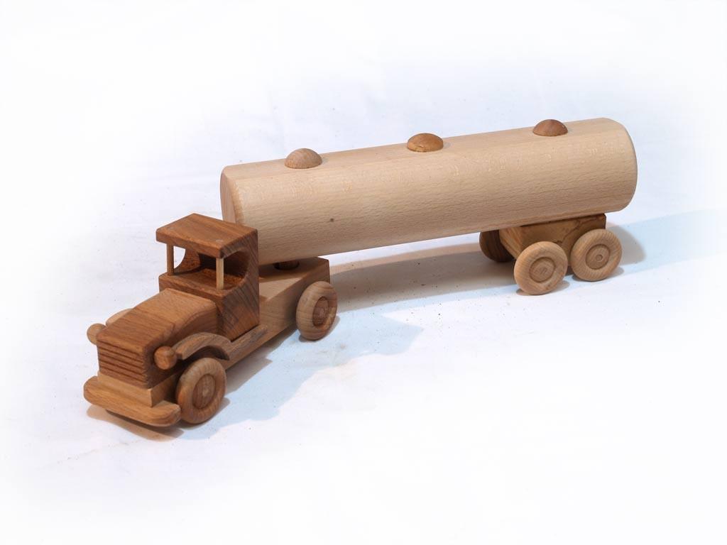 Nyerges vontató (tartályos)