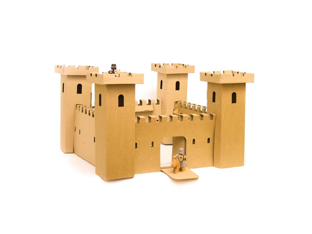 Összeépíthető vár (kartonpapír)