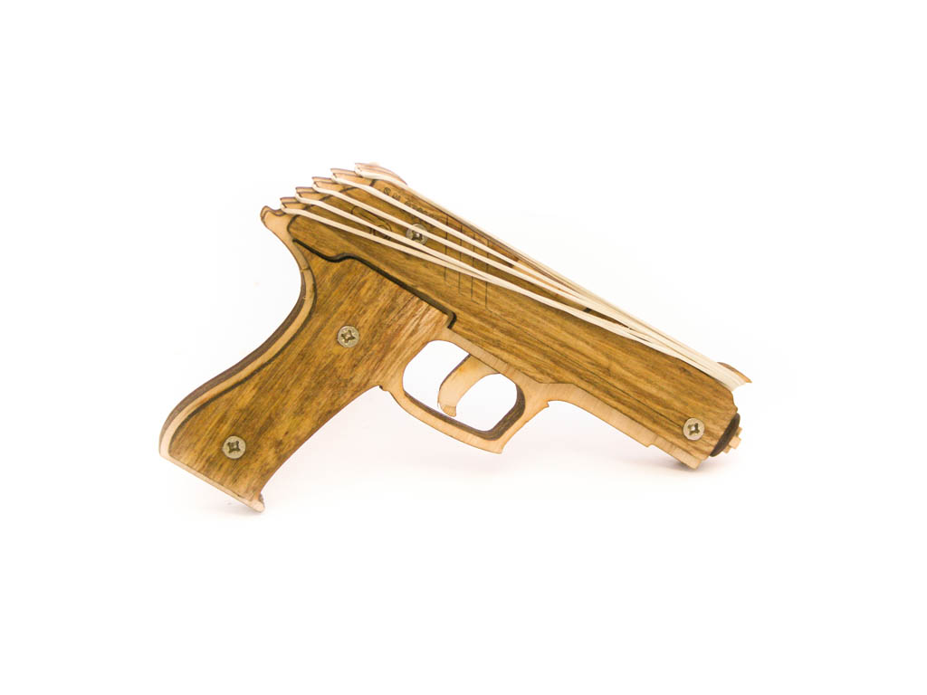 Félautomata pisztoly (ötlövetű)